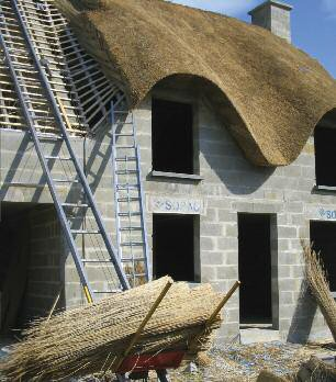 New thatched cottage