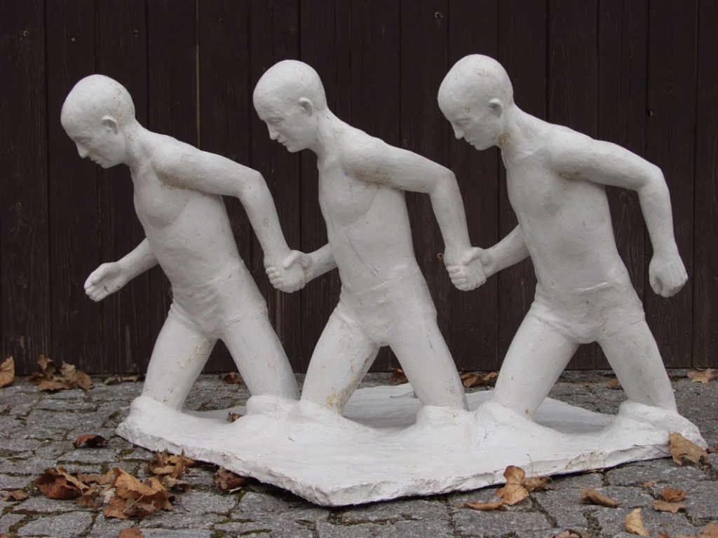 Ford - Zdeněk Manina, ceramist and sculptor since 1980. Czech Republic