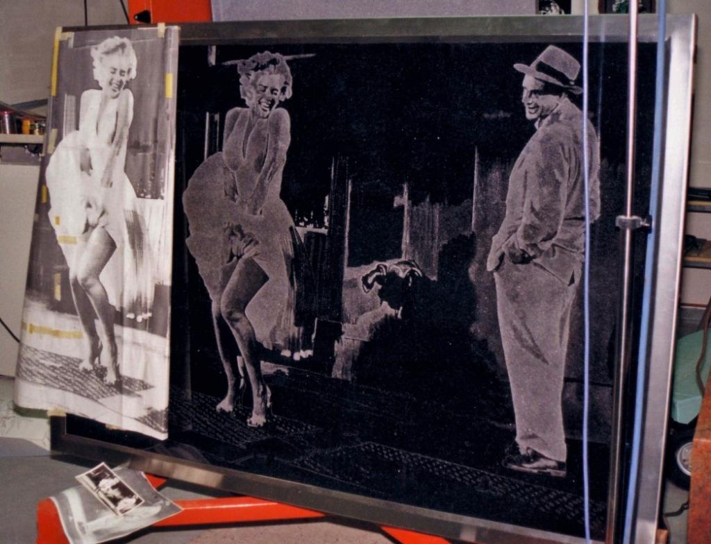 POINTILLISME SUR GRANIT Marylin Monroe plaque de 150cm x 120cm