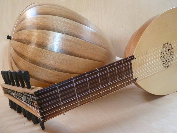 George P.J.Stevens, Luthier