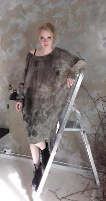 Vera Frederiksen Zhotkevich (V-Design Feltstudio) - Sidenx