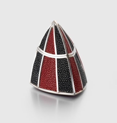James dougall silver and shagreen box 8cm high 900 photo credit the goldsmiths company