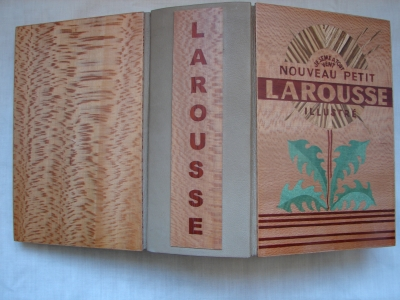 Coutant dico larousse ouvert