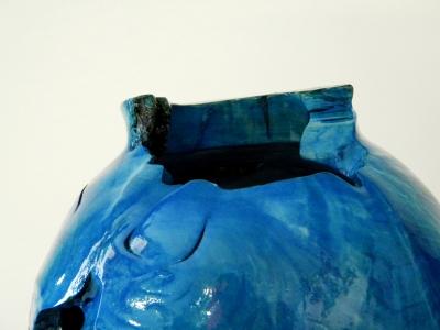 Vaso blu design week milano 3