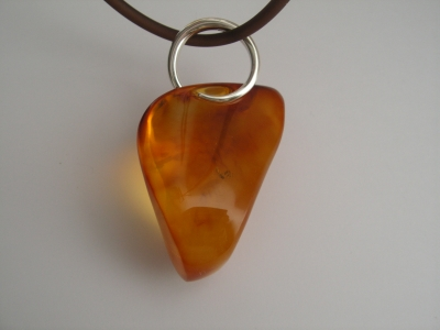 Pendant natural baltic amber silver design and execution bogumila adamska