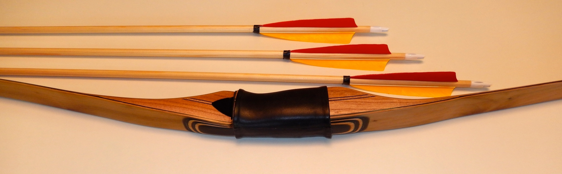 Denis Droz - Bowyer - Longbow maker - Mad'in Europe
