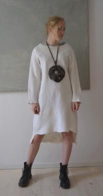 Vera Frederiksen Zhotkevich (V-Design Feltstudio) - Whitedress5