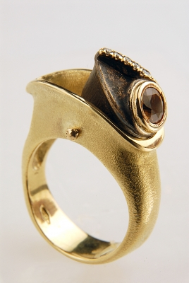 Glauco Cambi - Ring in gold and bronzemoving