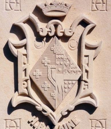 COCHERY   BLASON haut relief 5 cm x 80cm hauteur en pierre