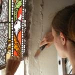 Clotilde Gontel - Depose d un vitrail a restaurer