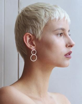 M gloss earring circleduo