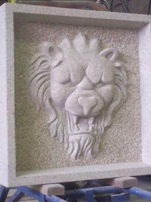 Bas-relief en calcaire marbrier