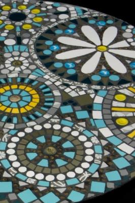 Table mandala detail - Nina Quaglio