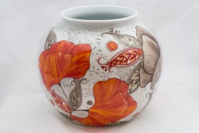 Atelier porcelaine vase boule coquelicot