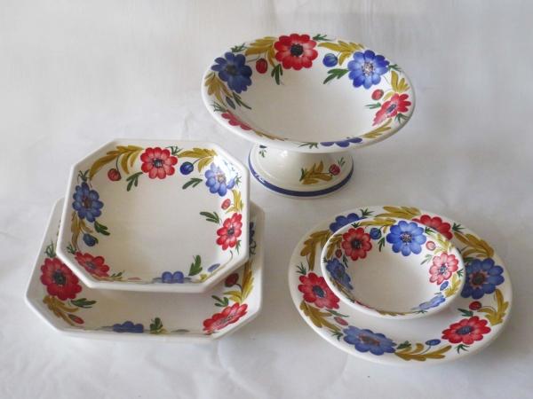 Servizio tavola ceramica fiori tradizionali copy