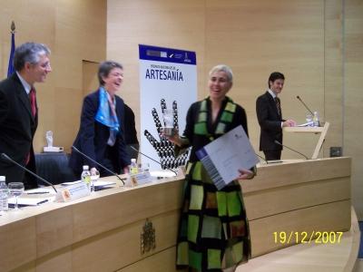 Nuna recogiendo Premio