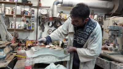 Fabrication d'un carreau de poêle (biscuit) technique d'estampage avent émaillage