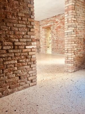 Creation of a New Venetian flooring (Venice, Italy)