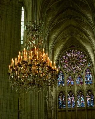 Restauration des lustres de la Cathédrale de Soissons