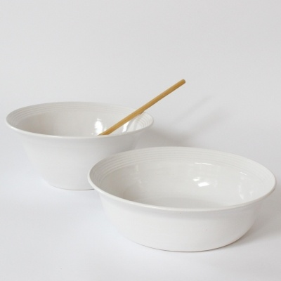 Salad bowl and oven dish classic dinner set