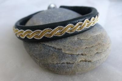 Bracelet Torsade version fils d'or et argent sur cuir d'agneau plongé