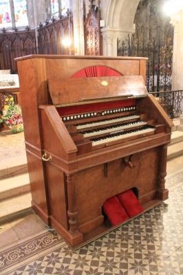 Harmonium rare de 3 claviers