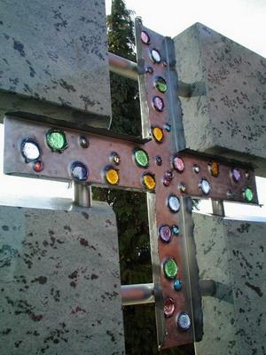 Croce tombale in acciao inox e vetrofusioni