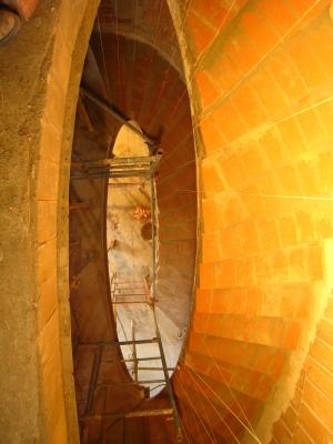 Escalera helicoidal elíptica