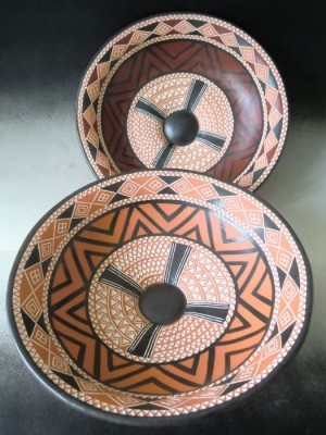 Two bowls with engobe painting and stamp template