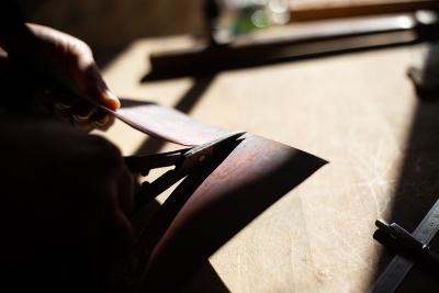 Travail du cuivre avant émaillage