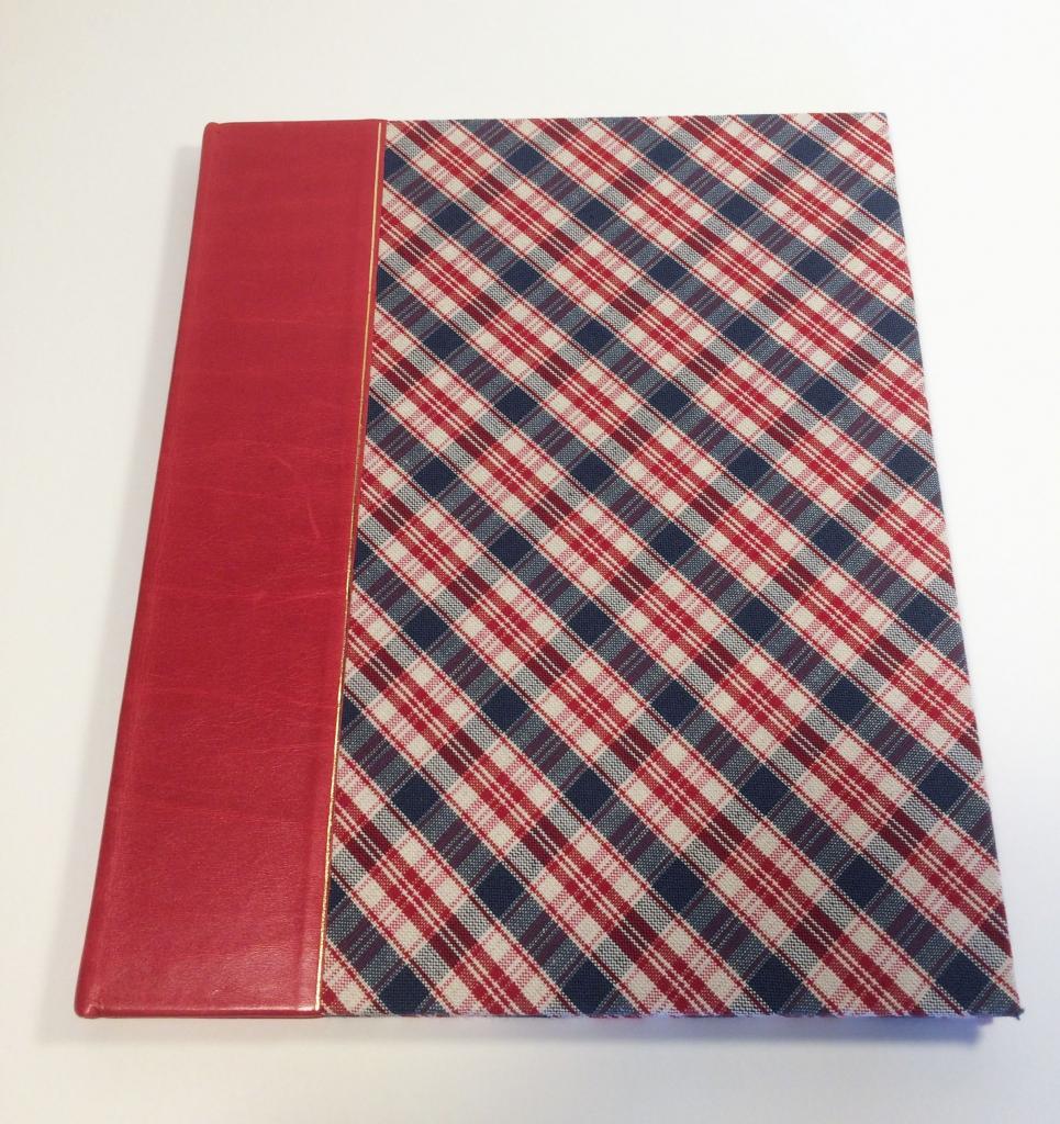 Kelsch rouge et bleu dos rouge reframed 1