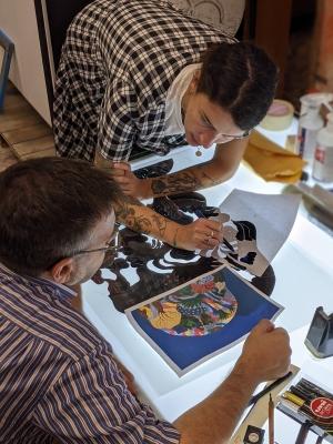 Artista e stampatore si confrontano