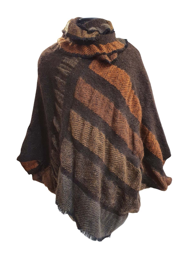 Lucia boni poncho goffrato mohair autunno reframed