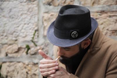 Chapeau mixte : calotte paille très fine + Bord feutre poils lapin