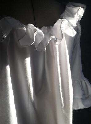 ÉMILIE, chemise de corps 18ème siècle en batiste de coton blanc
