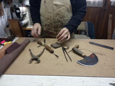 Antonio Molina Lopez en su taller