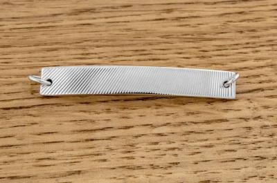 Bracelet guilloché sur mesure