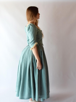 LOUISE, 1770 English Gown in almond green linen